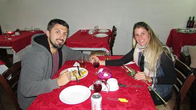 Noite romântica marca Dia dos Namorados na Colônia de Campos