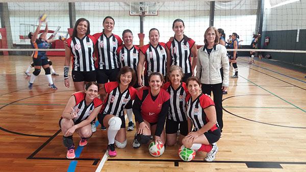 Equipe da APCEF/SP disputará final de torneio de volêi feminino