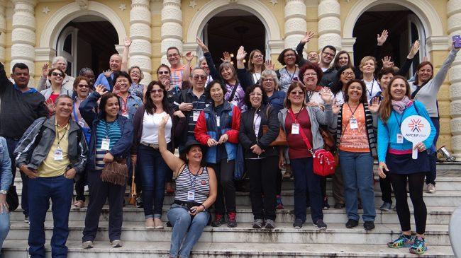 Associados visitam Petrópolis em excursão da APCEF/SP