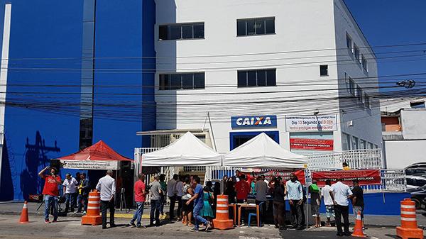 Agência Jd. Camargo Novo é reinaugurada com festa