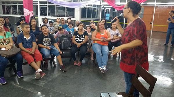 Papo de Mulher reuniu moradoras no clube da APCEF
