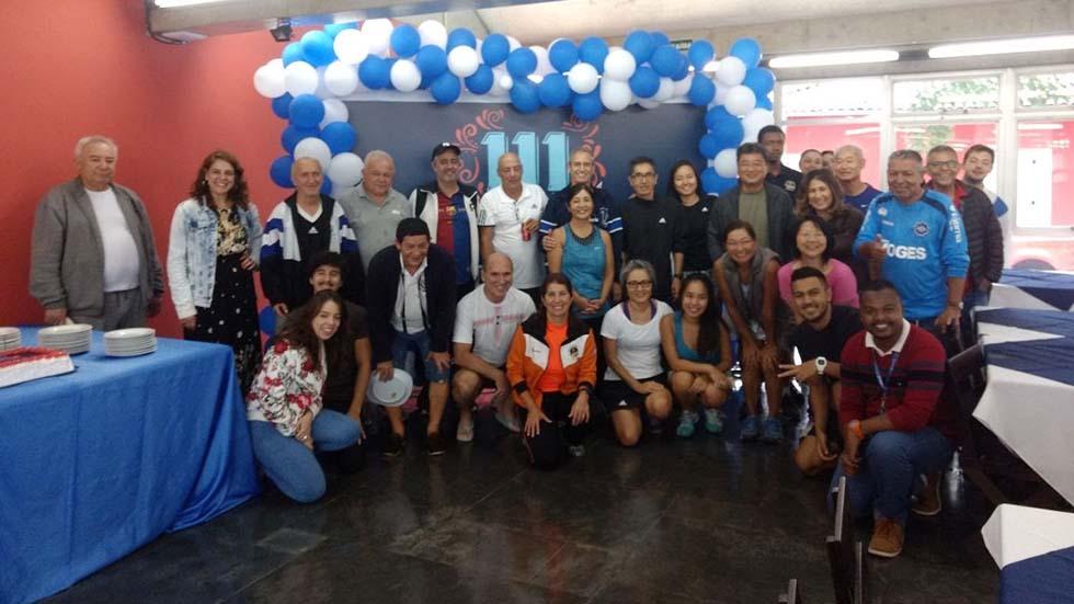 Associados comemoram os 111 anos da APCEF/SP no clube
