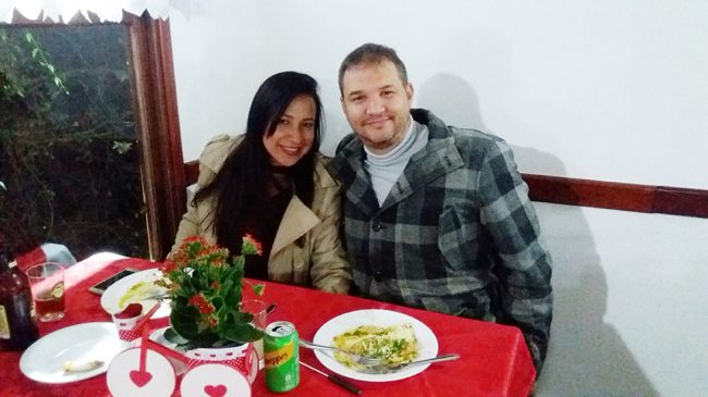 Colônia de Campos celebrou o amor com jantar