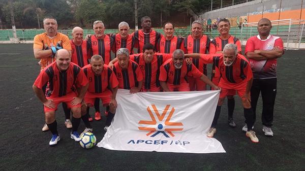 Amistosos de futebol retornam com vitória da APCEF/SP