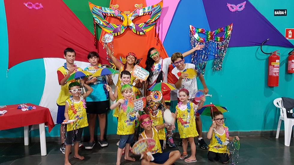 Carnaval nas Colônias: curta o APCEF Folia 2019 com a gente