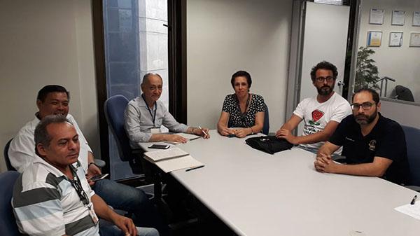 Representantes dos empregados se reúnem com Gilog para discutir climatização nas agências