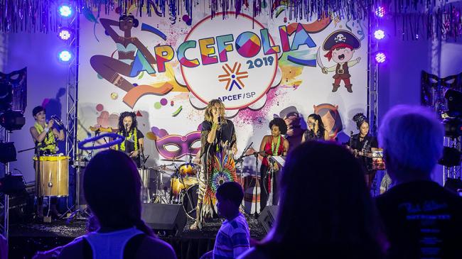 APCEFolia: associados divertiram-se em programação especial
