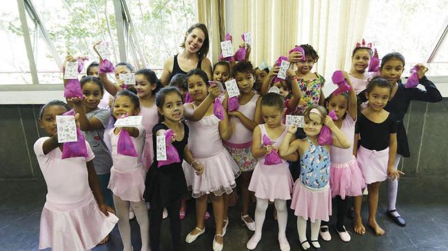 Vamos tornar a Páscoa das crianças da ONG mais doce?