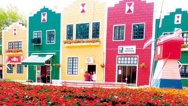 #APCEF Indica visita à Holambra – flores e tour cultural