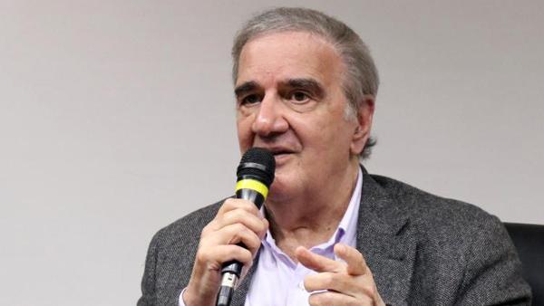 """""""O desenvolvimento não é compreensível sem bancos públicos"""", diz Belluzzo"""