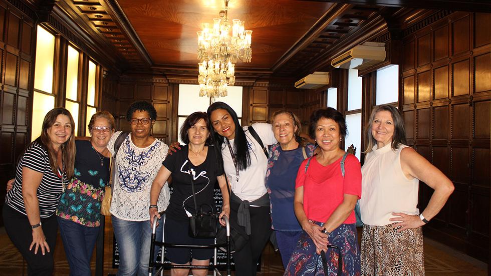 Associados visitam Farol Santander, na capital. Confira