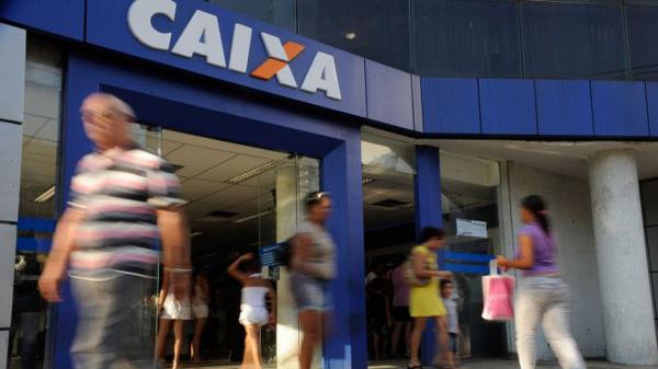 Ministério Público pede abertura aos sábados e funcionamento das agências por, no mínimo, seis horas