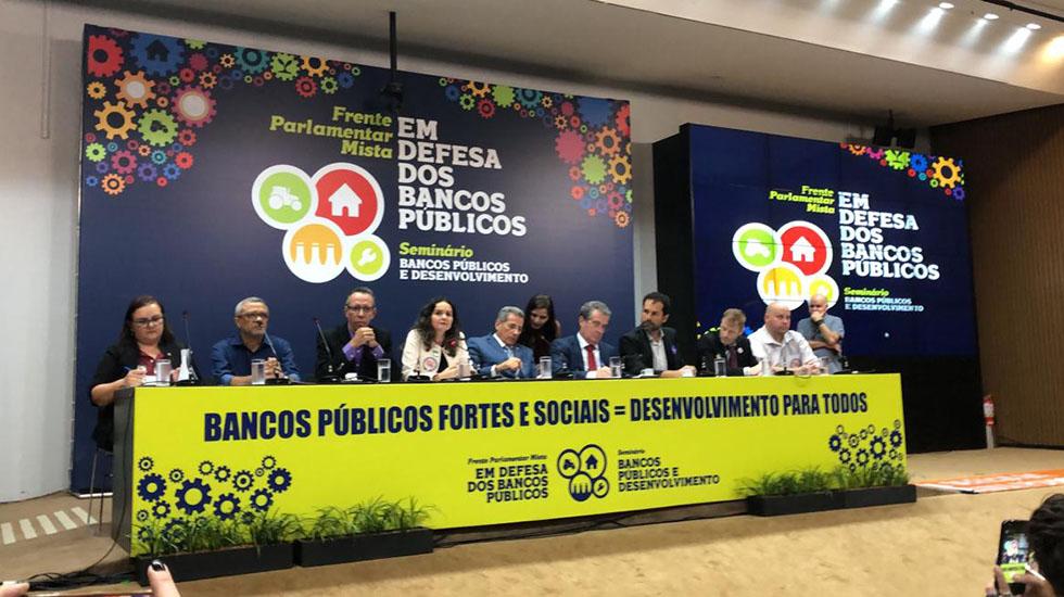 Lançada Frente Parlamentar Mista em Defesa dos Bancos Públicos em Brasília