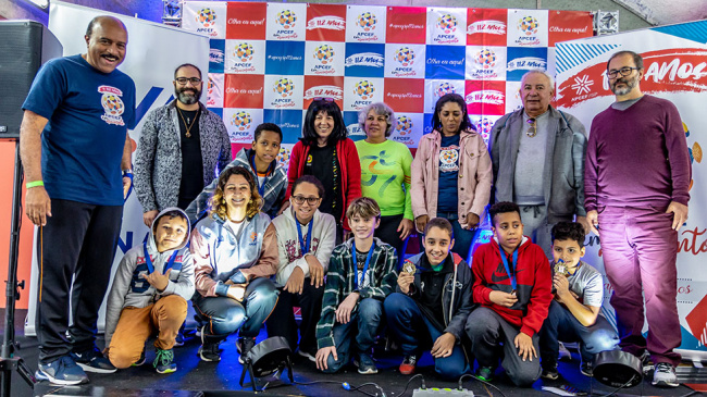 APCEF organiza Torneio Mirim de Xadrez com crianças de projeto