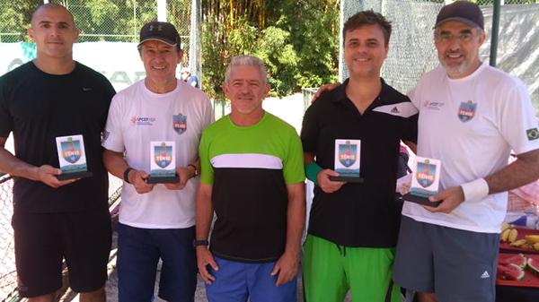 Confira os ganhadores do 1º Open Simples de Tênis de Quadra da APCEF/SP