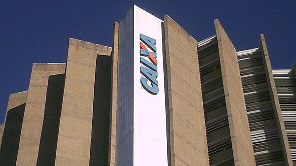 Funcionários da Cielo atuam dentro de agência da Caixa em Ribeirão Preto
