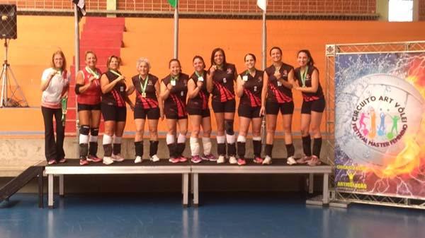 Seleção feminina da APCEF/SP é campeã de torneio