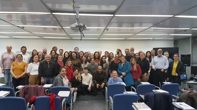 Associados da APCEF/SP concluem curso de CPA-20