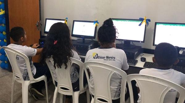 Telecentros de escolas de Belágua recebem computadores