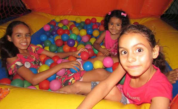 Dia das Crianças na APCEF: a doce alegria de brincar!