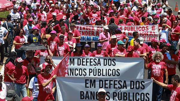 Trabalhadores dão recado: vai ter luta contra privatizações!