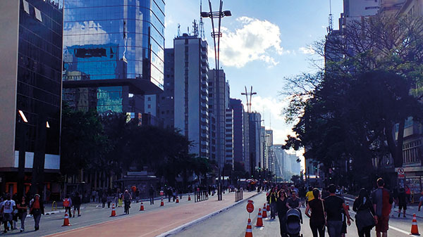 #APCEFIndica: Domingo na Avenida Paulista