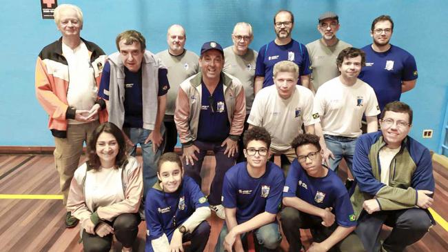 Enxadristras participam de torneio da Federação