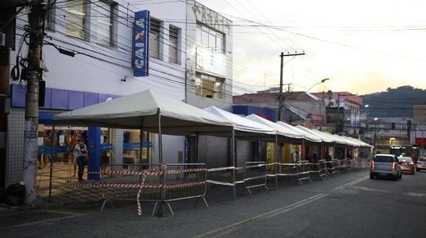 Cidade de Franco da Rocha realiza testes da Covid-19 em funcionários de serviços essenciais, inclusive bancários