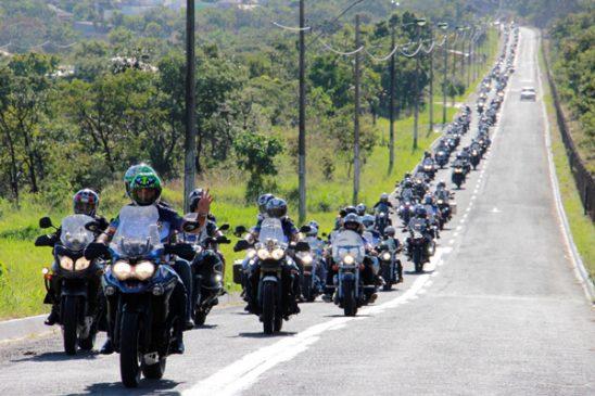 Rota X: motoclube dos empregados da Caixa comemora 18 anos de existência