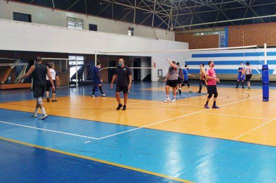 Participe dos treinos esportivos no clube da capital. Confira a programação