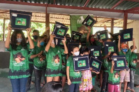 """""""Um Olhar para o Futuro"""": Fenae é parceira em projeto que leva inclusão social e educação à comunidade ribeirinha no Amazonas"""